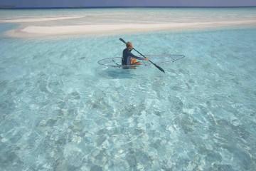 -®Baros Maldives_WS Canoe_Lowres