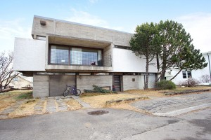 Reykjavik House  (2)