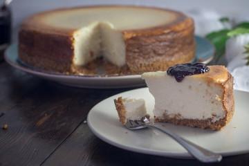 cheesecake-1578694__340
