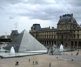 05_Musee du Louvre_Paris, France 02