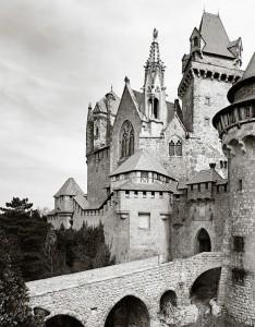 Burg-Kreuzenstein-e1441118030448