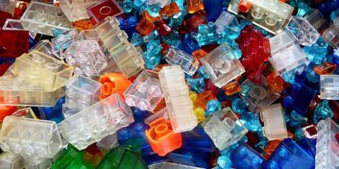 lego-blocks-1649909__340