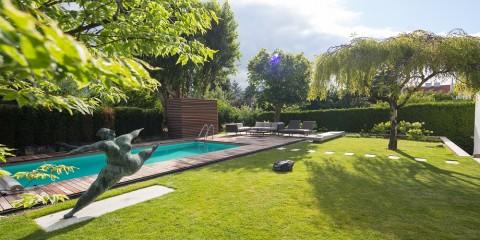 ARGEGARTEN_Pool im Garten