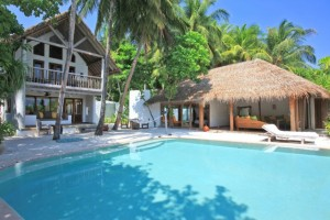 Soneva Fushi_Crusoe_Suite_Three_Bedroom_with_Pool_Exterior