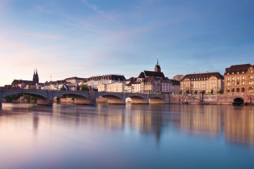 2_Morgenstimmung-am-Rhein-in-Basel_copyright-Basel-Tourismus