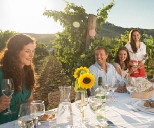 hoch-dining-in-the-vineyard-falkenstein Peter Burgstaller