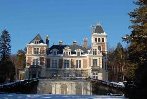 6 (c) Schloss Wartholz