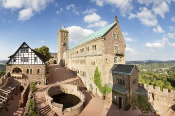Wartburg-Castle-in-Eisenach-c-GNTB-photographer-Christof-Herdt
