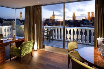 munich-suite-presidential-suite-dining-room-1