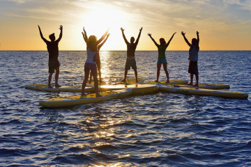 29_Yoga_auf_dem_Stand_Up_Paddlingboard_in_Andalusien_(c)fitreisen.de