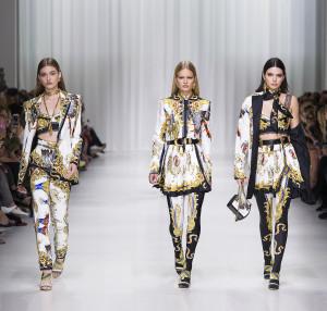 fsfwma07.17f-fashion-week-mailand-f-s-18-versace