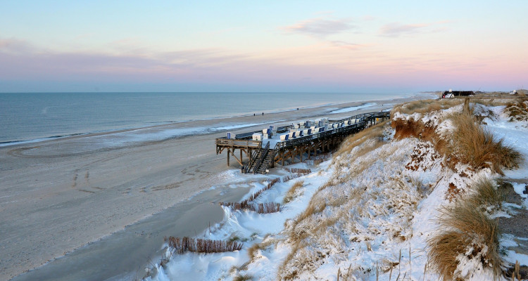 Bild01_c_Sylt Marketing l Holger Widera_Winterstimmung am Weststrand_ver...