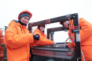 Hauke-Flores_AWI_Polarstern2012_washing