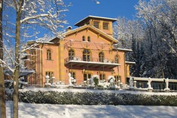 La-Villa-Aussenaufnahme-Winter