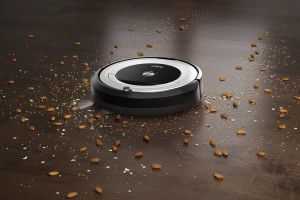 iROBOT_Roomba 691_EUR_549_woodlg_white