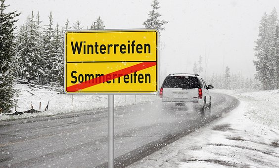 winter-tires-2823077__340