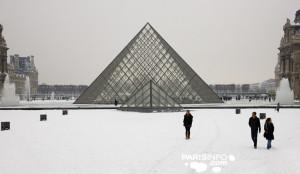 Louvre_Schnee_credit_parisinfo.com