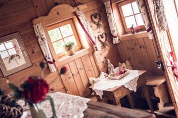 4775-gipfelhaus-magdalensberg-der-romantische-troatkasten-am-magdalensberg